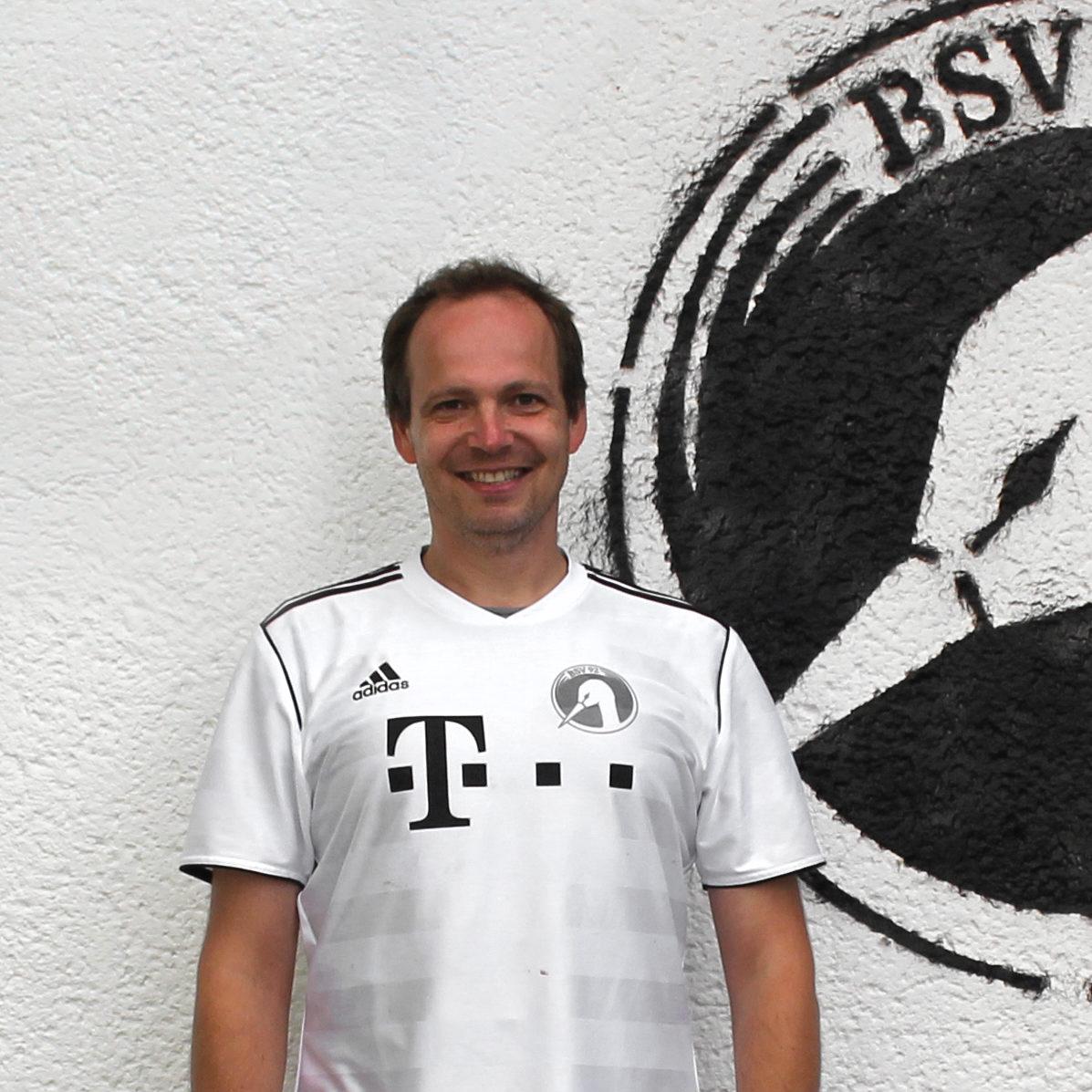 http://www.bsv92-hockey.de/wp-content/uploads/2018/11/Jörg-Schneider-Breit-e1542152558299.jpg